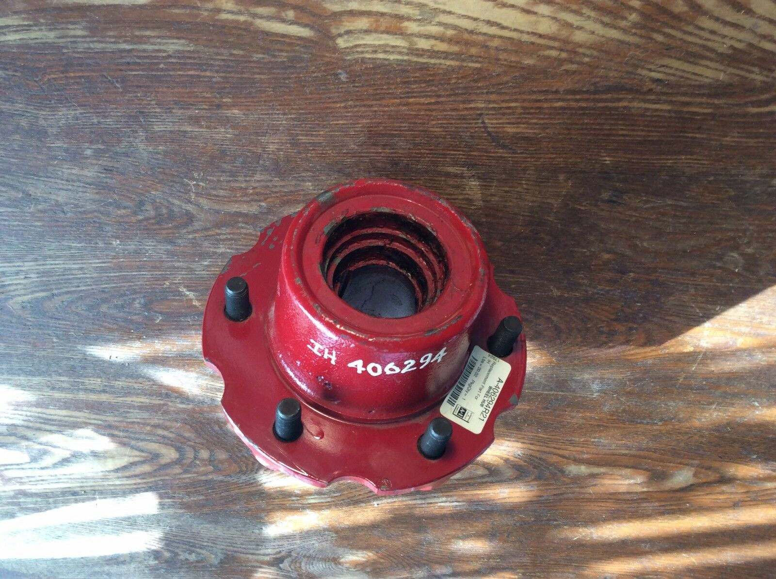 406294R21 6 Bolt Wheel Hub for Case IH Tractors