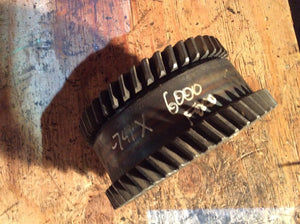 Ford - New Holland PTO Driven Gear C0NNA725D  For 6000