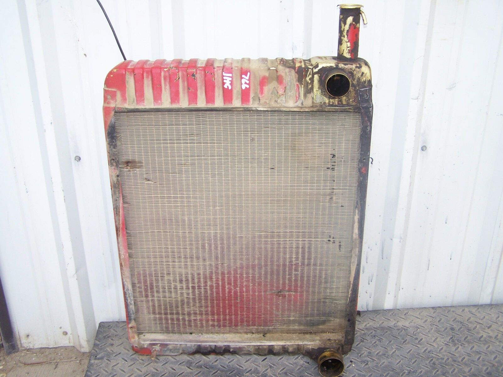 International Harvester 766 Radiator 533581R2