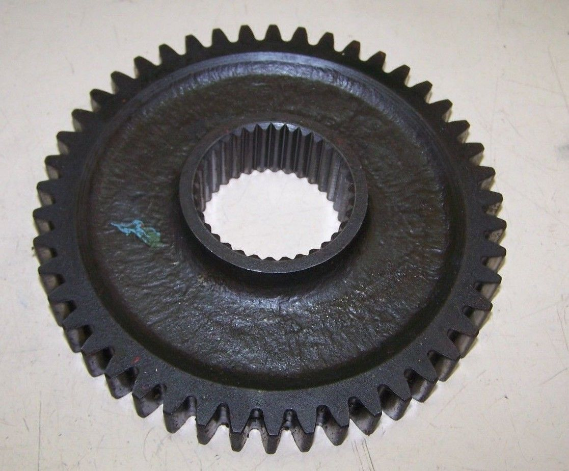 CASE INTERNATIONAL IH 404097R Constant Mesh Gear 495 485 585 695 885 484 684++
