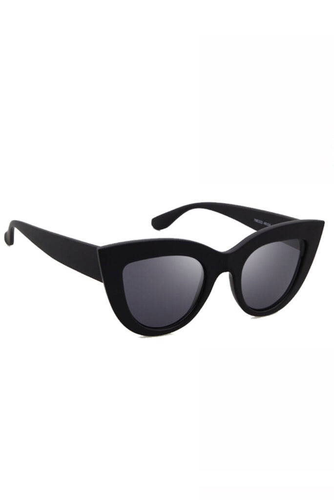Cece Sunglasses // Black
