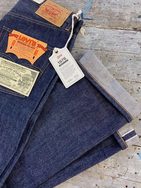 LEVIS VINTAGE CLOTHING 1976 501 RAW SHRINK TO FIT