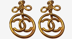 * Chanel Vintage Large Clover Twist CC Earrings *