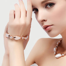 Load image into Gallery viewer, Fashion Bracelet with White Austrian Element Crystal Sand Fashion Cat's Eye