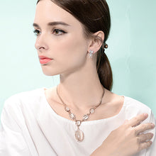 Load image into Gallery viewer, Fashion Oval Necklace with Fashion Cat's Eye and White Austrian Element Crystals