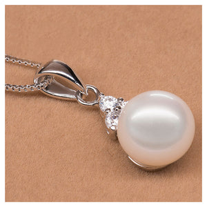 925 Sterling Silver Pendant with Freshwater Cultured Pearl and Necklace