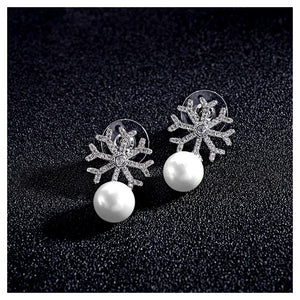 Elegant Snowflake Earrings with White Fashion Pearl