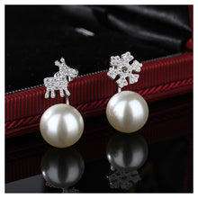 Load image into Gallery viewer, 925 Sterling Silver Deer Snow Earrings with Fashion Pearls