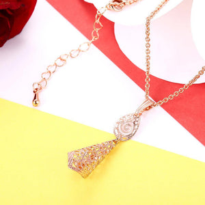 Fashion Elegant Plated Rose Gold Geometric Openwork Pendant with Necklace