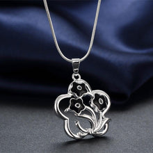 Load image into Gallery viewer, Elegant Romantic Openwork Black Flower Pendant with Necklace