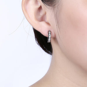 Fashion Simple Geometric Circle Earrings with White Cubic Zircon