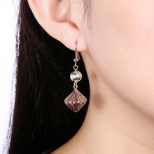 Load image into Gallery viewer, Elegant and Romantic Cutout Diamond Earrings