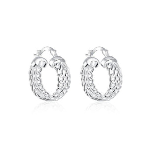Classic Fashion Hollow Geometric Round Earrings