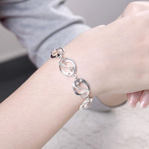Simple and Fashion Geometric Hollow Heart Oval Bracelet