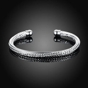 Fashion Elegant Geometric Textured Bangle