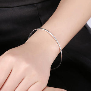 Simple and Fashion Geometric Cubic Zircon Open Bangle