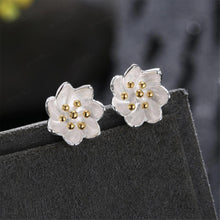 Load image into Gallery viewer, 925 Sterling Silver Fashion Elegant Chrysanthemum Earrings