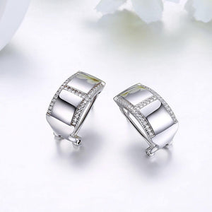 925 Sterling Silver Elegant Fashion Geometric Cubic Zirconia Stud Earrings