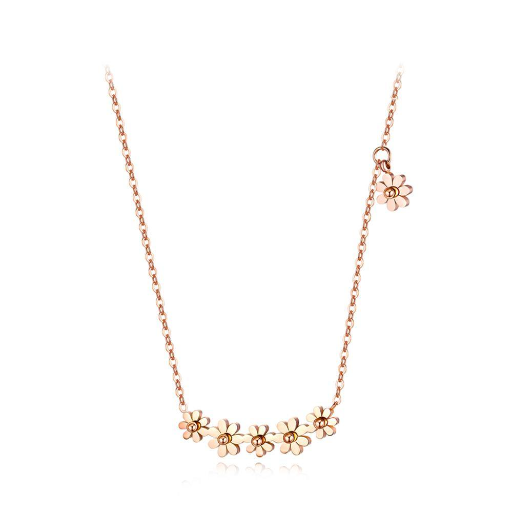 Fashion Simple Plated Gold Titanium Steel Small Daisy Necklace - Glamorousky