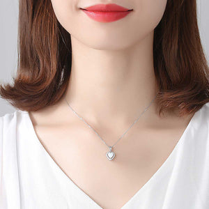 925 Sterling Silver Simple Romantic Heart-shaped Artificial Opal Pendant with Cubic Zirconia and Necklace