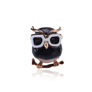 Simple and Cute Plated Gold Owl Brooch with Cubic Zirconia