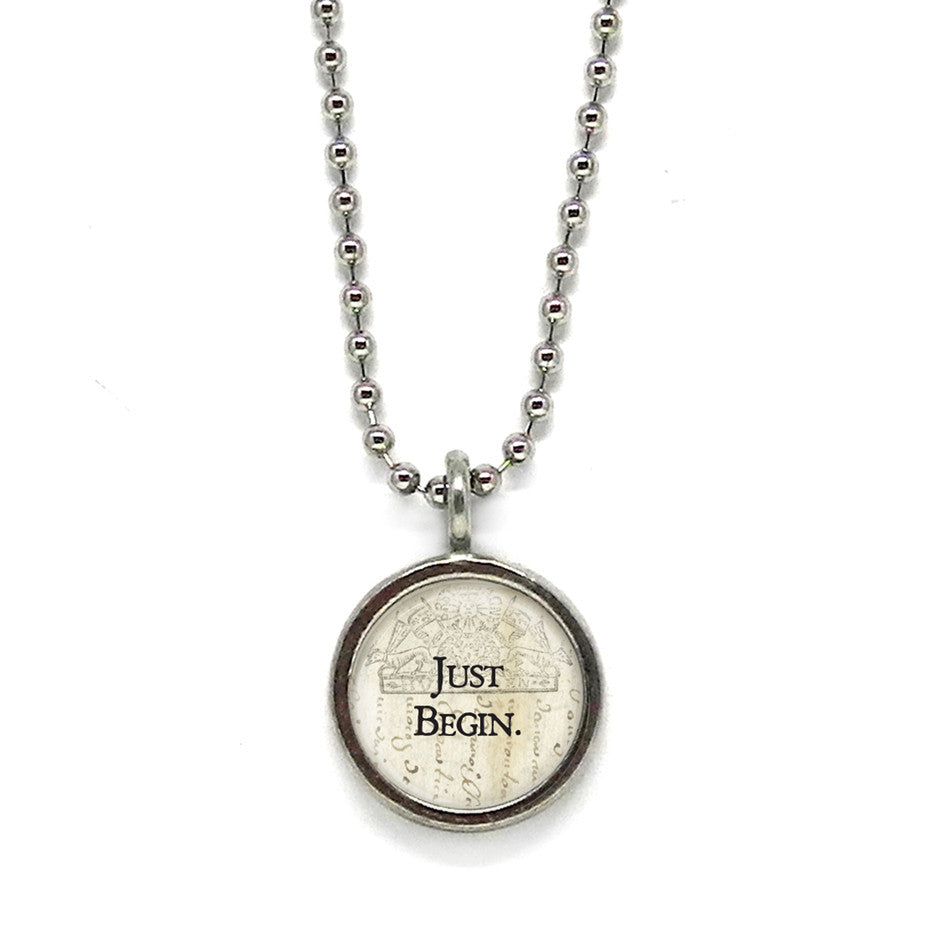 Be BOLD Small Circle Pendant • Message Choices