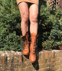 Victorian Ankle boots in Tan