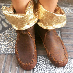 'Peter Pan Slippers' Ankle Boots in tan with gold