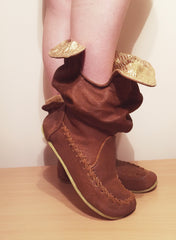'Peter Pan Slippers' in Tan with Gold