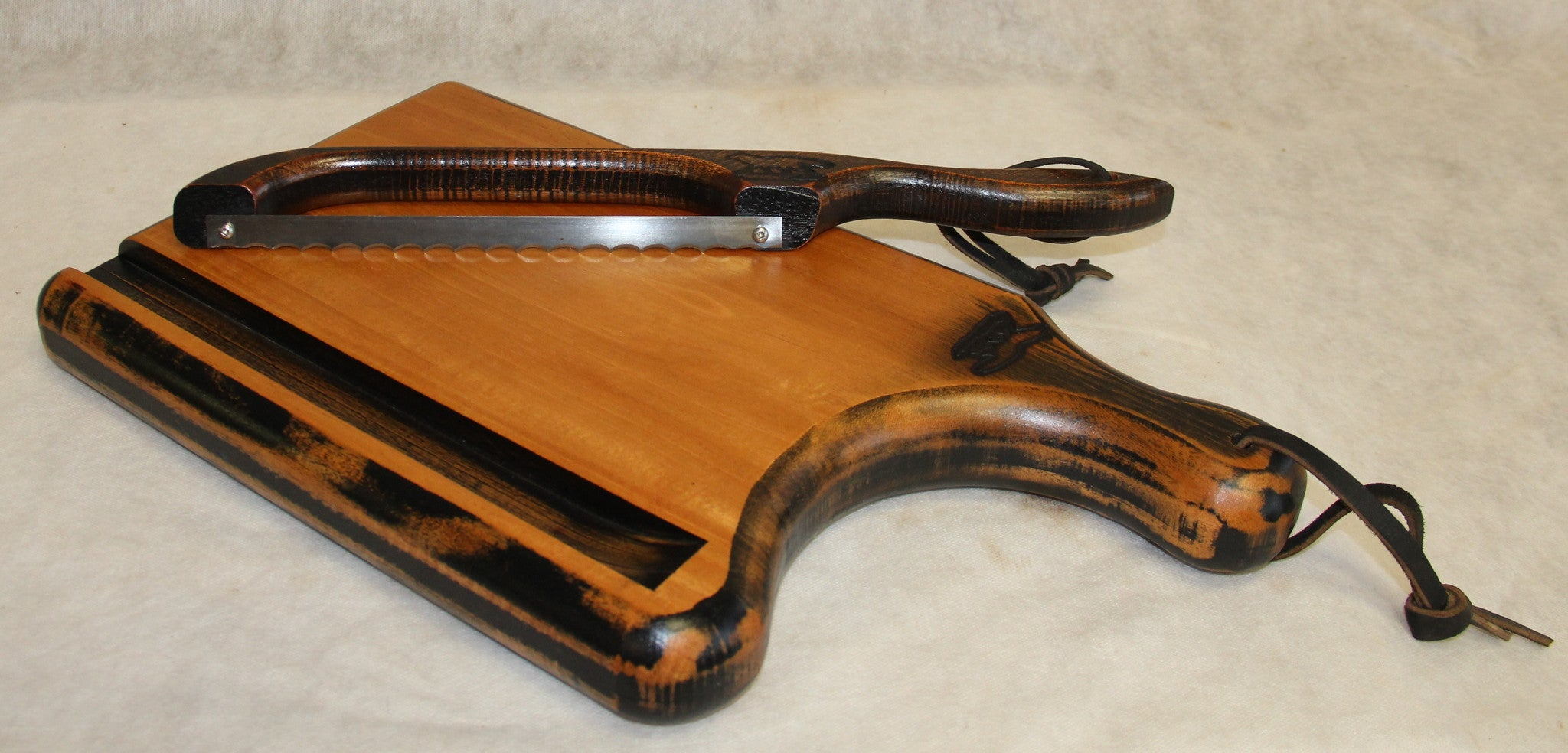 Cutting Board Lizard Belly Board And Bow Knife