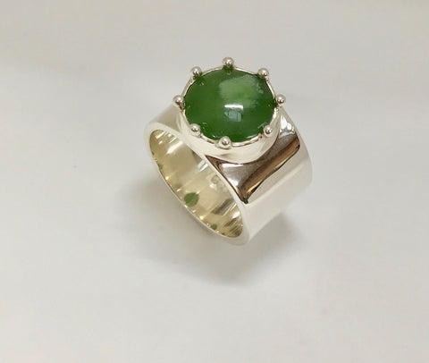 bloom ring - mid green / white inclusion