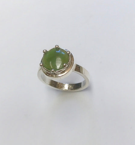 mini pounamu growth ring - mid green / light inclusion