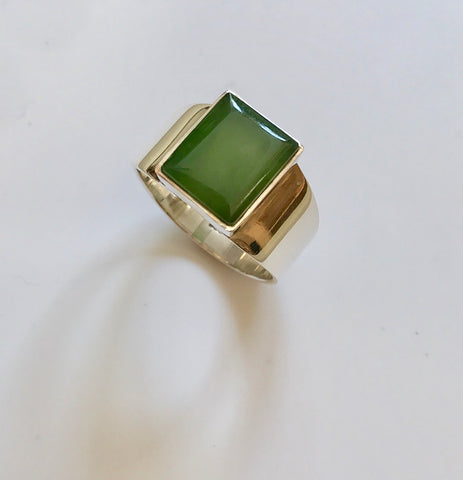 pounamu signet ring (light)