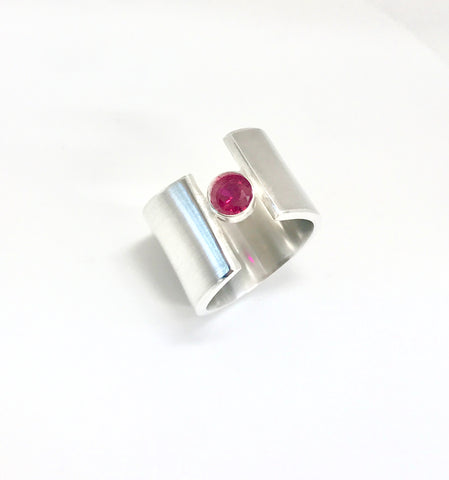 wave ring - hot pink