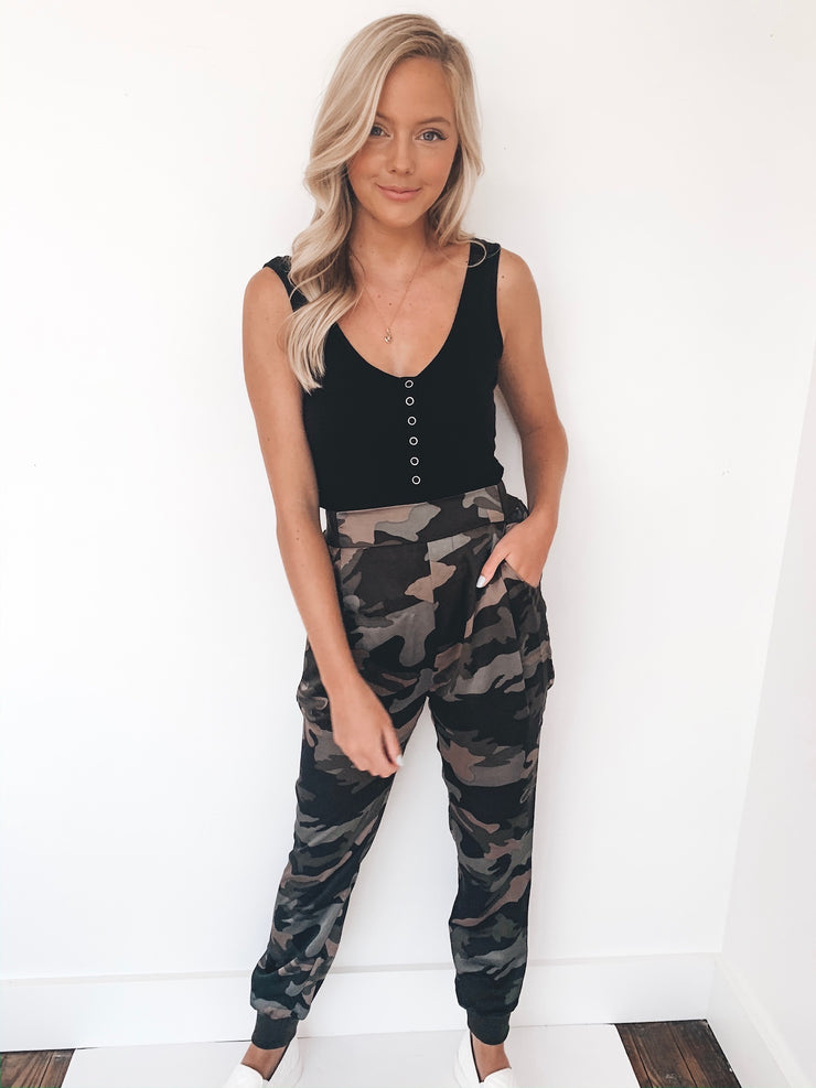 Cross The Line Joggers
