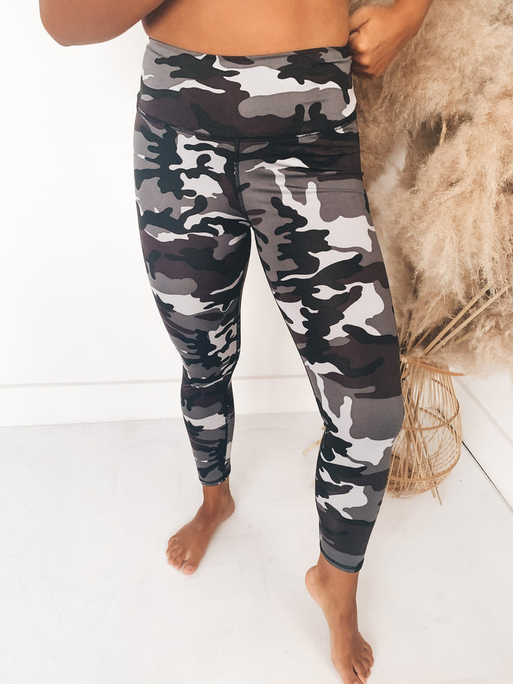 Kick Back Active Leggings