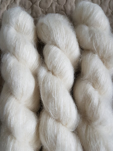 MOHAIR .NATURAL.