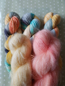 MOHAIR MISS LEMON.