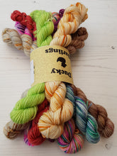 Load image into Gallery viewer, MISFIT MINIS 4PLY.