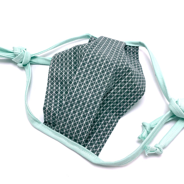 fabric face mask with adjustable ties