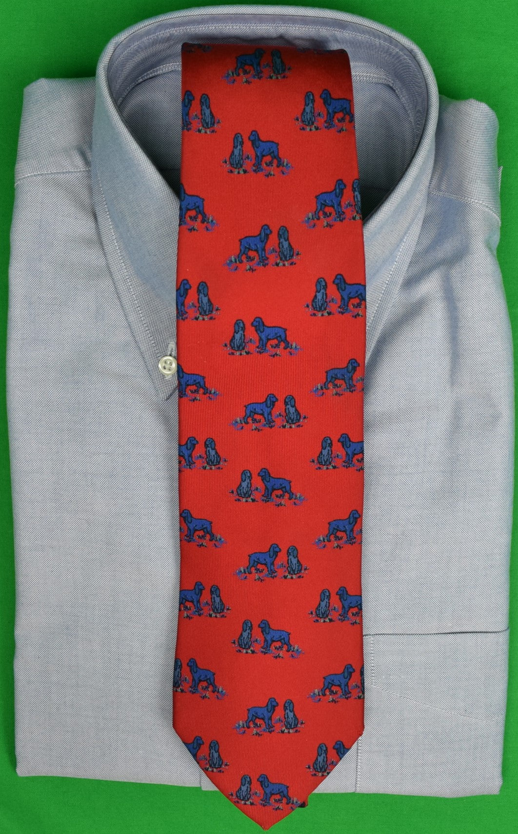 Drakes x Holland & Holland English Red Silk Club Tie w/ Spaniel Motif