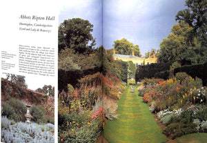 Private Gardens Of England by Penelope Hobhouse