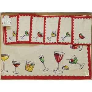 Vintage Boxed Set of Shamrock Linen w/ 6 Cocktail Napkins & Table Mat