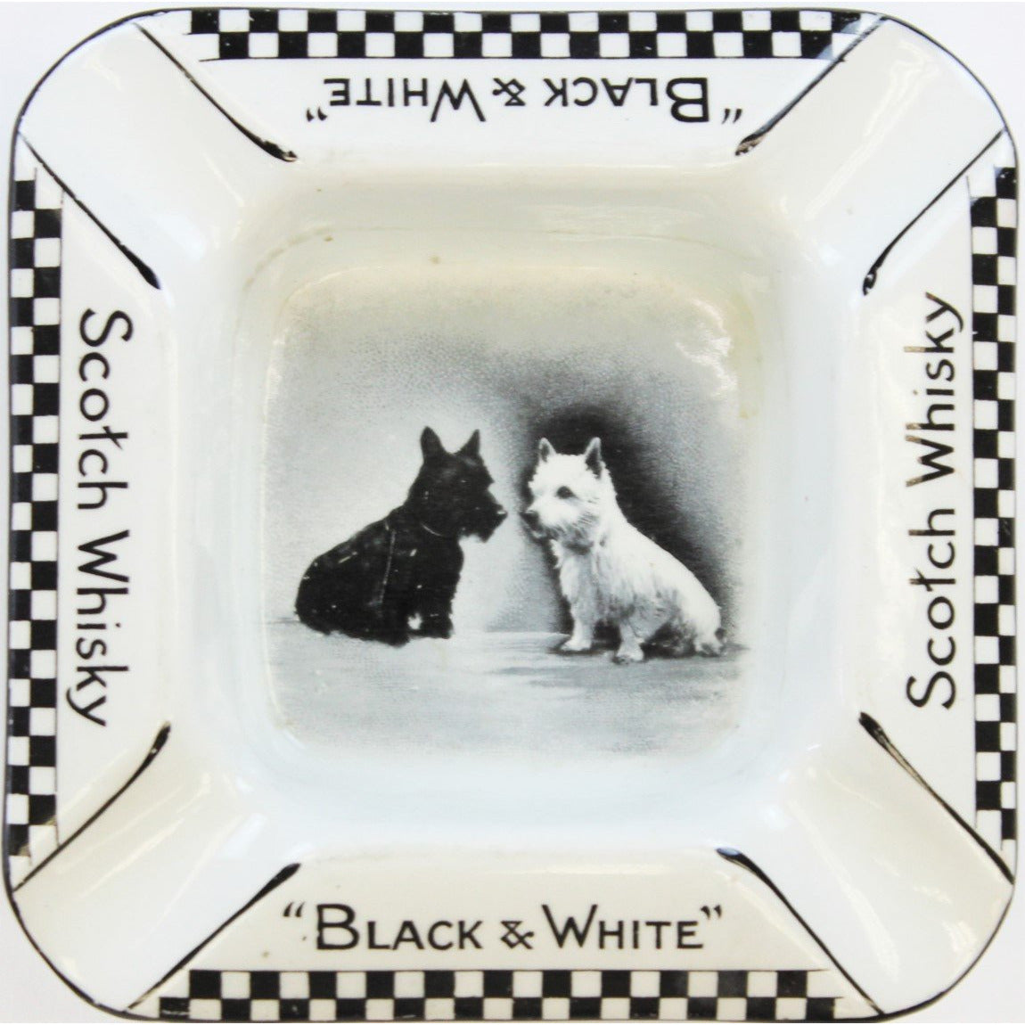 Black & White Scotch Whisky Ashtray