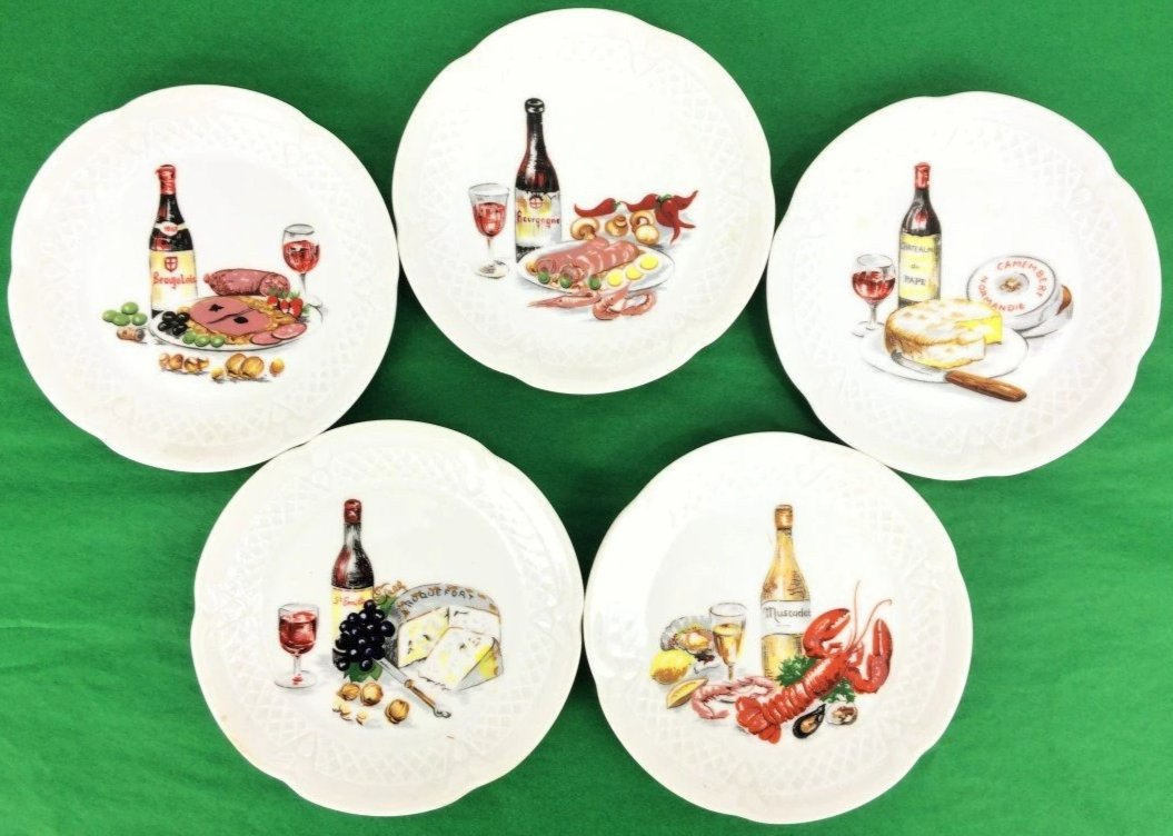 Set of 5 Lourioux Porcelaine Dishes