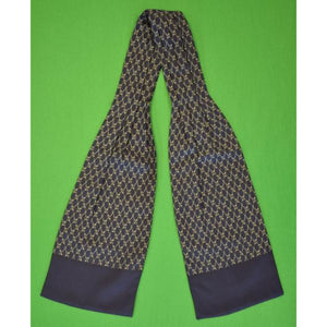 'Gent's Hermes of Paris Navy Silk Ascot'