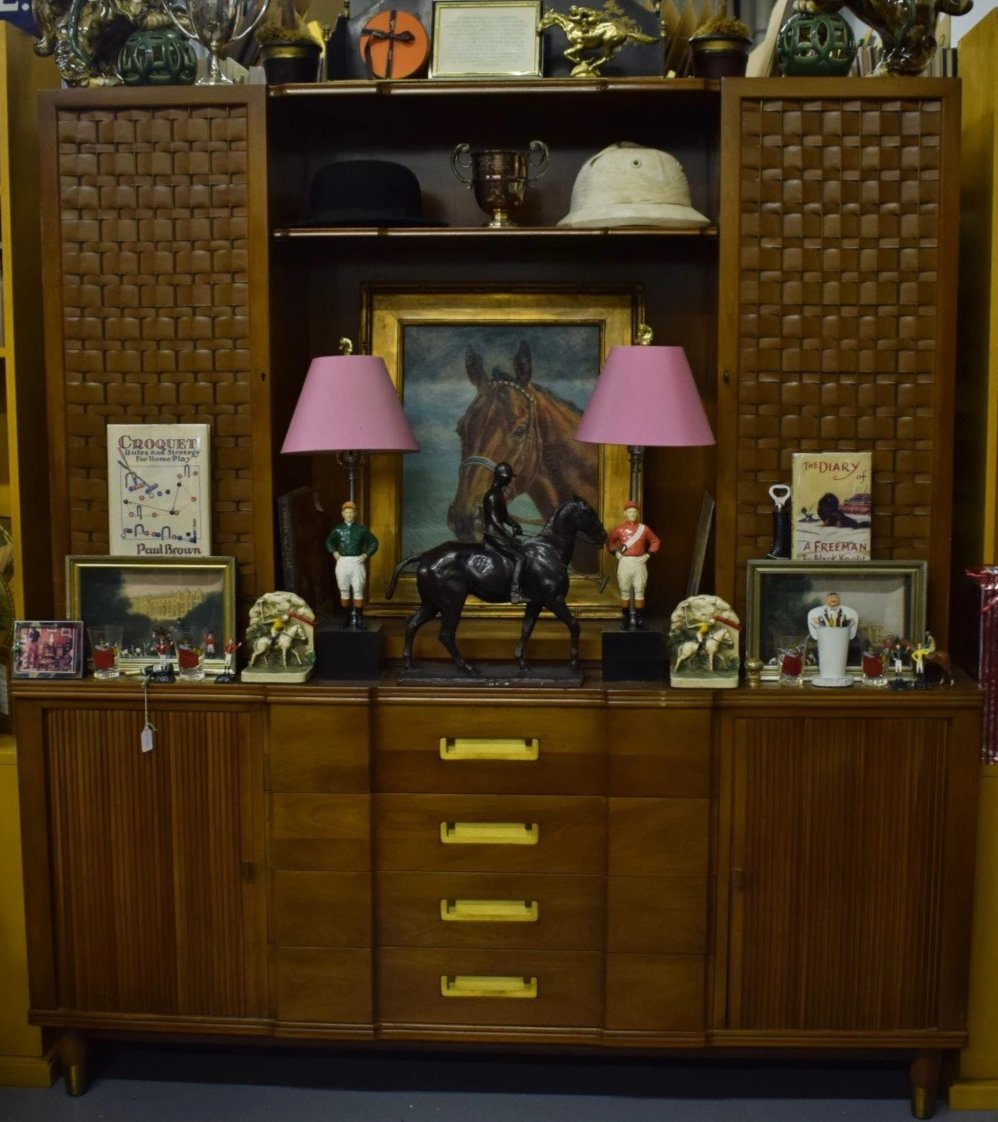 Spectacular John Widdicomb Grand Rapids 4 Campaign Drawer Cabinet w/ Accordion Slider Side Flanking Vertical Mounts