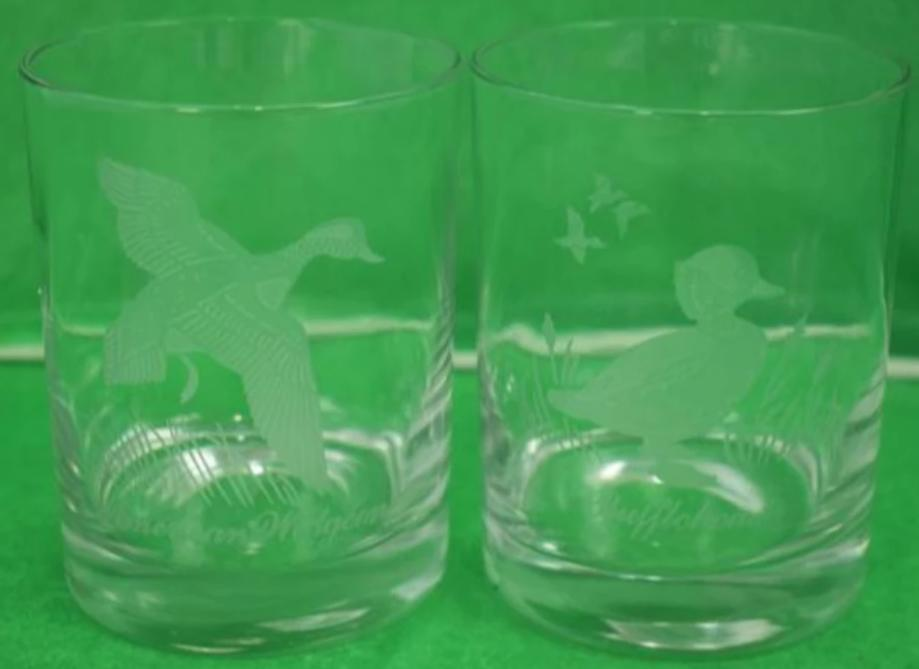 'Pair of Etched Gamebird Rocks Glasses'