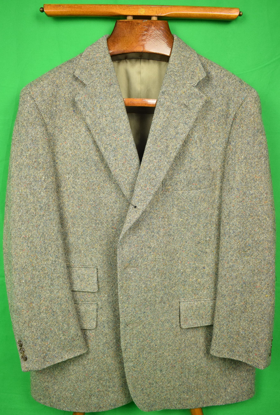 "J Press Donegal Tweed 3Pc Wool Suit Sz: 44R 3 Button/ w/ Lapel Vest & Pleated Trouser Sz: 39""W"