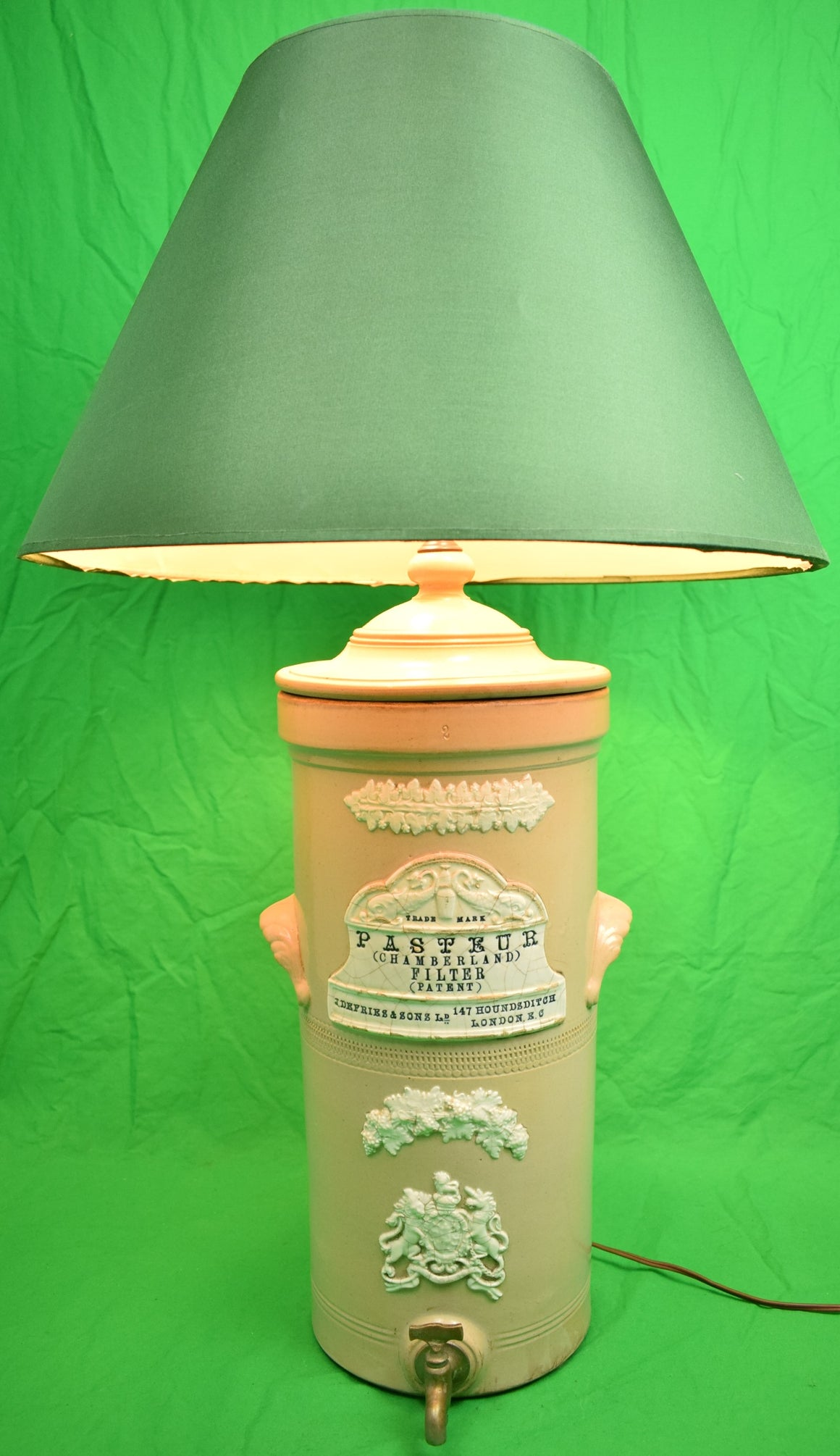 Apothecary Pasteur English Lamp w/ Spout